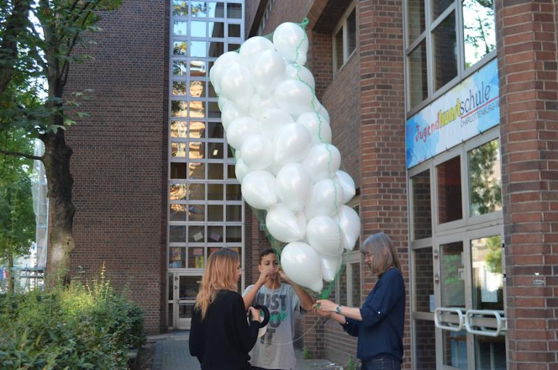 verschnüren von ballons und gopro